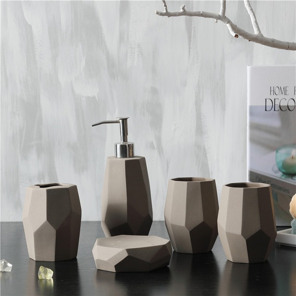 Faceted Bath Accessories Set from Apollo Box
