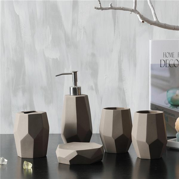 Faceted Bath Accessories Set Apollobox